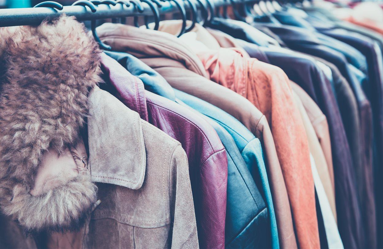 ed3efd37 Hvorfor og hvordan du burde kjøpe klær brukt